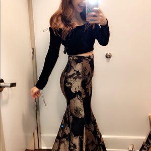 Dresses & Skirts - elegant two piece prom dress